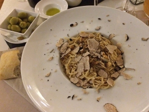 Spaghetti with truffle pesto